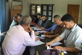 قسم التشغيل بمديرية شمال غزة يزور مدرسة بيت حانون الزراعية