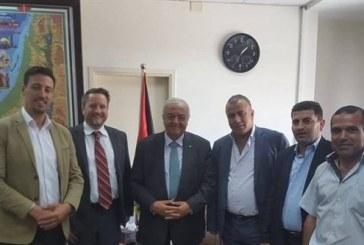 وزير العمل أبو شهلا: أي دعم خارجي لن يتم بمعزل عن الحكومة