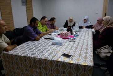 إدارة العلاقات العامة والتعاون الدولي تزور مؤسسة ملتقى المهنيات الفلسطينيات