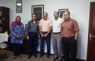 الإدارة العامة للعلاقات العامة والتعاون الدولي والدائرة القانونية تزوران مركز الميزان لحقوق الإنسان